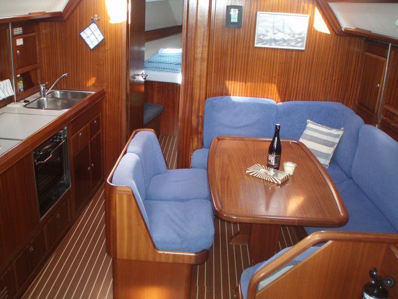plachetnice bavaria 40 archa yachting. Black Bedroom Furniture Sets. Home Design Ideas